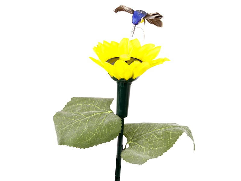 Napelemes kolibri virággal
